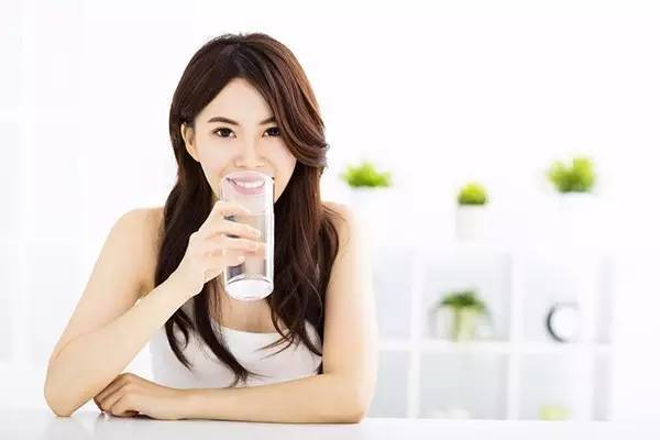 快来看一下饮用水水质不合格的究竟对身体的危害有哪些?